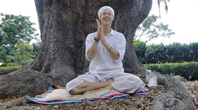 Zac SacBe Teaching Yoga at Big Tree in Florida